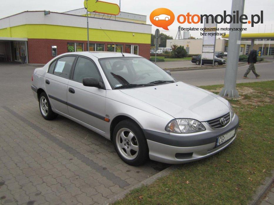 Sprzedam Toyota Avensis - Używany  1996cm3  2001 r. 2l Diesel. Srebrny Kujawsko-pomorskie/Grudziądz